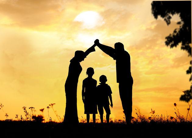 Familienkonferenz in geschuetztem Rahmen